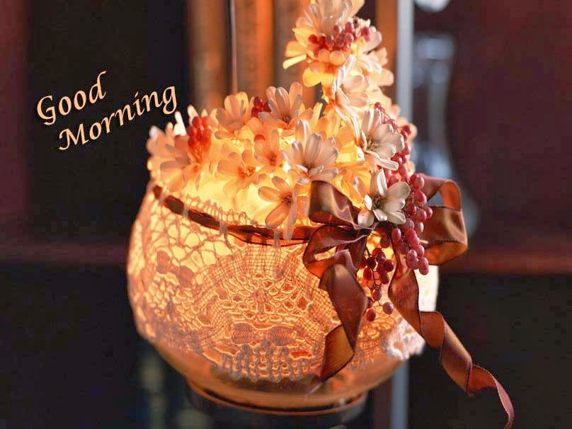 softly-lit-bouquet-good-morning