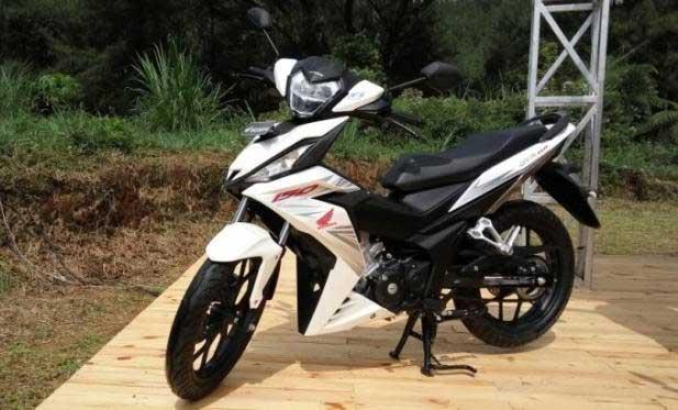 Modifikasi motor memang tiada hentinya kali ini datang dari Honda Modifikasi Motor Honda Supra GTR 150 Rasa Offroad