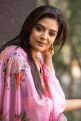 Sree Mukhi Photo Gallery-thumbnail-14