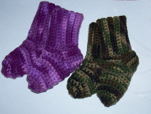 Sues Crochet And Knitting Crocheted Baby Socks Pattern Made With