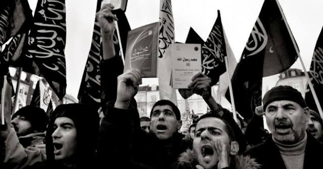 Hizbut Tahrir Penghancur Umat Islam