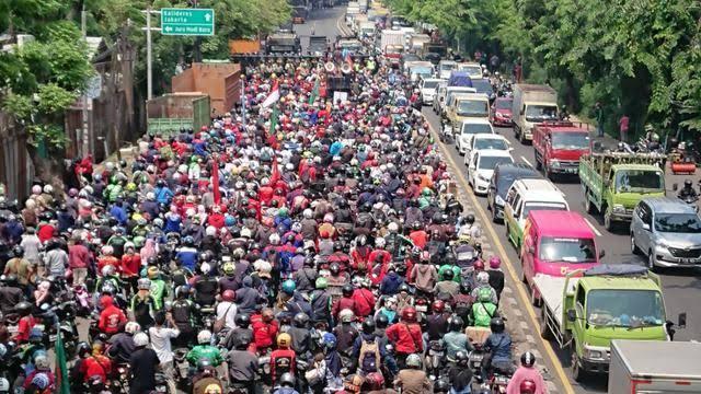 Hari Ini Ada Demo Buruh Lagi, Besok Massa FPI, PA 212, GNPF Ulama