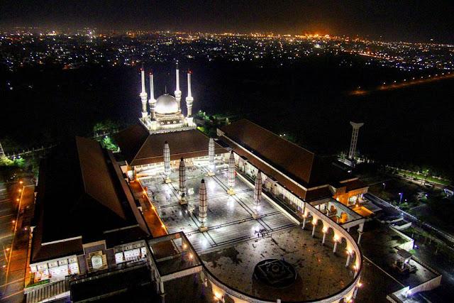 Daftar Wisata Religi di Semarang yang Bisa Digunakan Untuk Wisata dan Sembayang