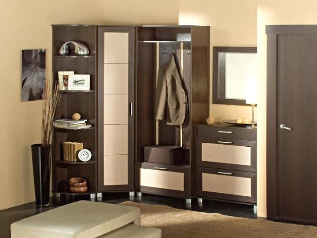Beautiful wooden wardrobe design for bedroom
