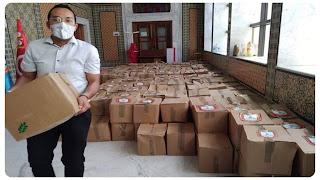 تزامنا مع الحجر الصحي الشامل,  تونس تقوم بتوزيع اعانات عينية على كل العائلات المعوزة و محدودة الدخل بمناسبة عيد الفطر