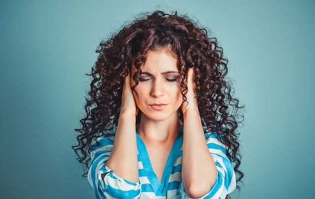 Pourquoi les bourdonnements sont-ils produits dans l'oreille? et comment les arrêter?Pourquoi les bourdonnements sont-ils produits dans l'oreille? et comment les arrêter?