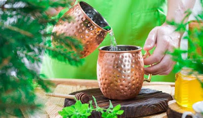 Drinking-water-stored-in-copper-vessel-a-healthy-way