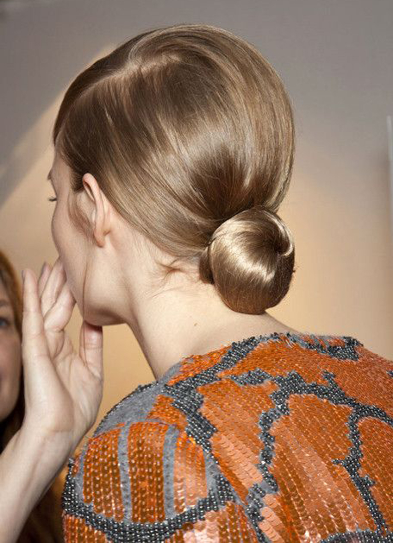 5 Hairstyles for Damaged Hair