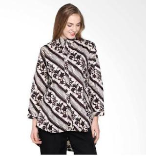 Model Baju Batik Kantor Wanita Kerja