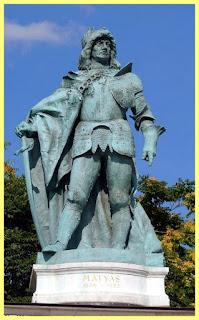 Estatua de Corvín Mátyás