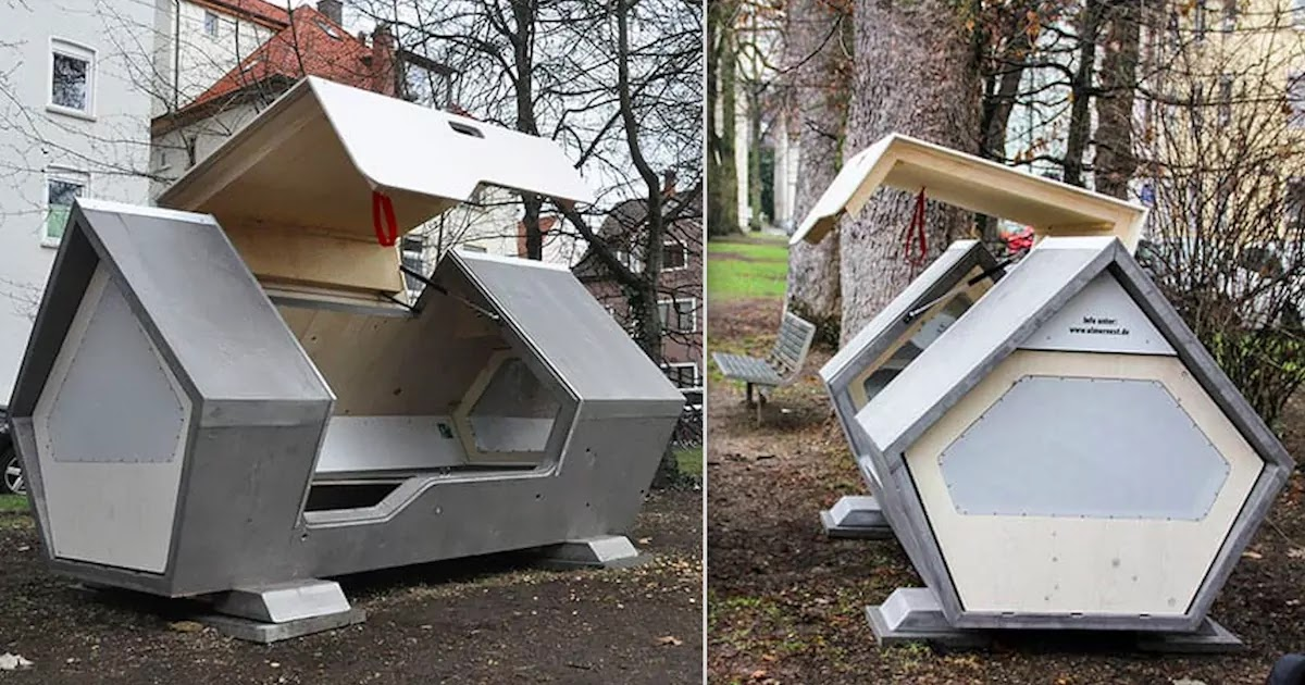 Nests To Protect The Homeless In The Winter Are Built In The German City Of Ulm