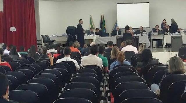 Caso Valter Nunes - 2º dia de julgamento, Juiz Carlos Burck faz intervenções para acalmar os ânimos e mais objetividade