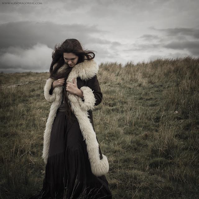 Windy Moors / Mandragoreae by Victoria Francés
