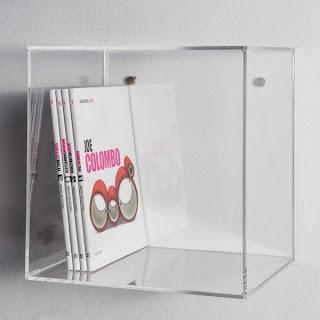 cubi in plexiglass trasparente