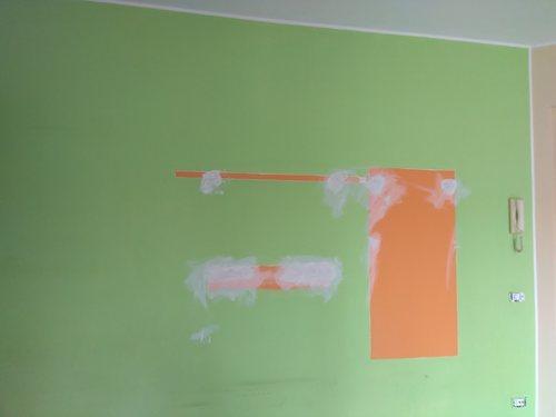 come pitturare una parete colorata