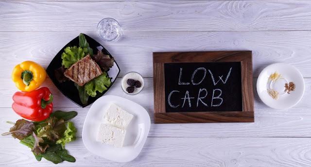 Dieta baixa em carboidratos e cardápio semanal