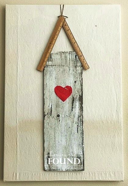 valentine's day, decorating, diy, diy home decor, red, hearts, papercrafts, crafting, wall art, rustic style, farmhouse style, salvaged wood