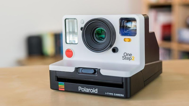5. Polaroid OneStep 2