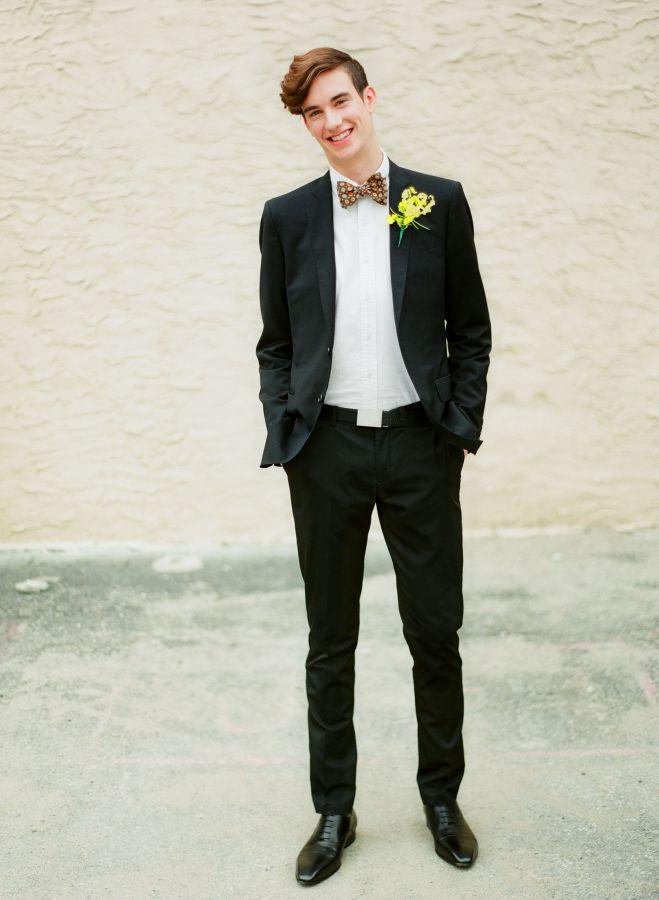 Drużbowie, drużba, świadek na ślubie, ubiór świadka na wesele, ubiór drużby na ślub, stroje dla drużbów inspiracje, modny drużba, trendy ślubne 2017