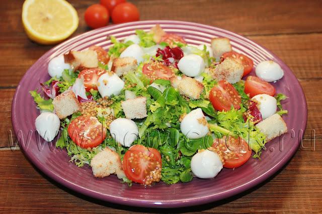 рецепт салата с черри и моцареллой