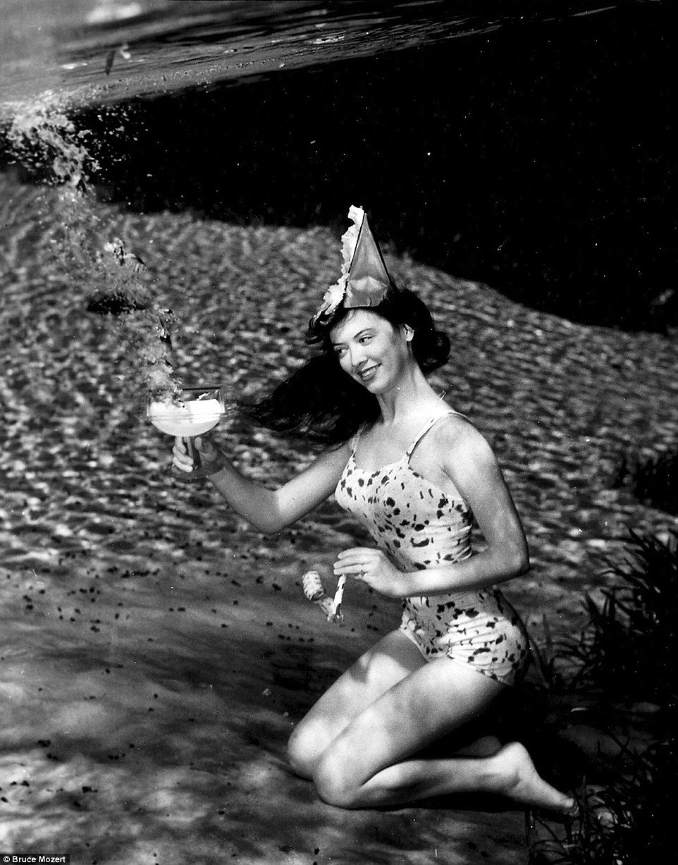 07-Bruce-Mozert-The-Birth-of-Underwater-Photography-and-Filming-www-designstack-co
