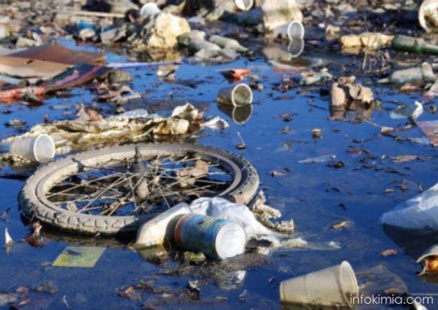 air tercemar oleh sampah