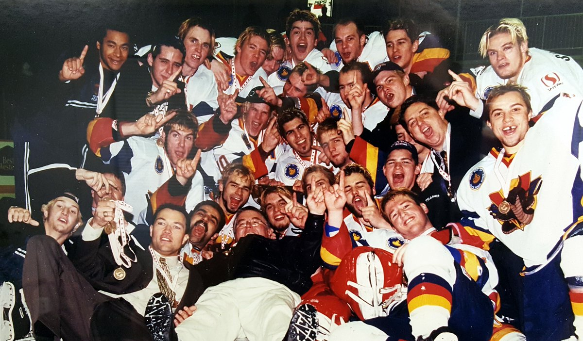 Vernon Vipers 1999 Royal Bank Cup Champions