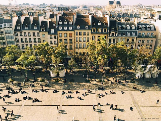 View of Paris. Photo courtesy of Andreios Belaza.