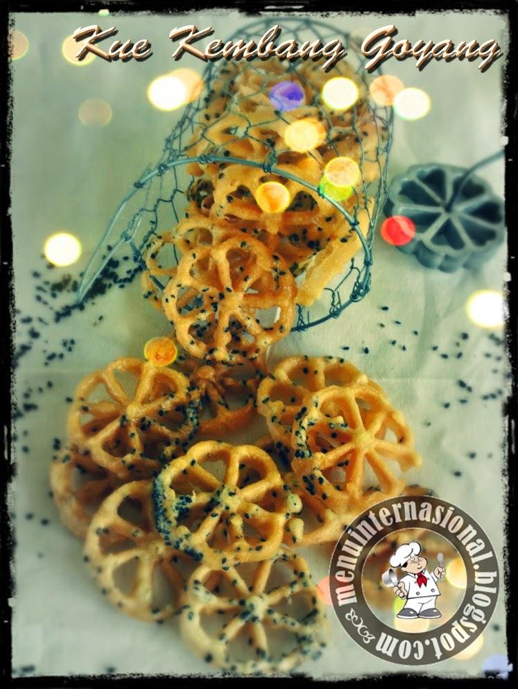 Cara Membuat Kue Kering Kembang Goyang Renyah Dan Gurih 2