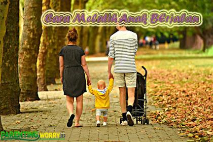 Bunda, Ini Dia Cara Melatih Anak Berjalan yang Benar