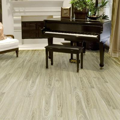 Vinyl plank flooring in Sarasota new homes