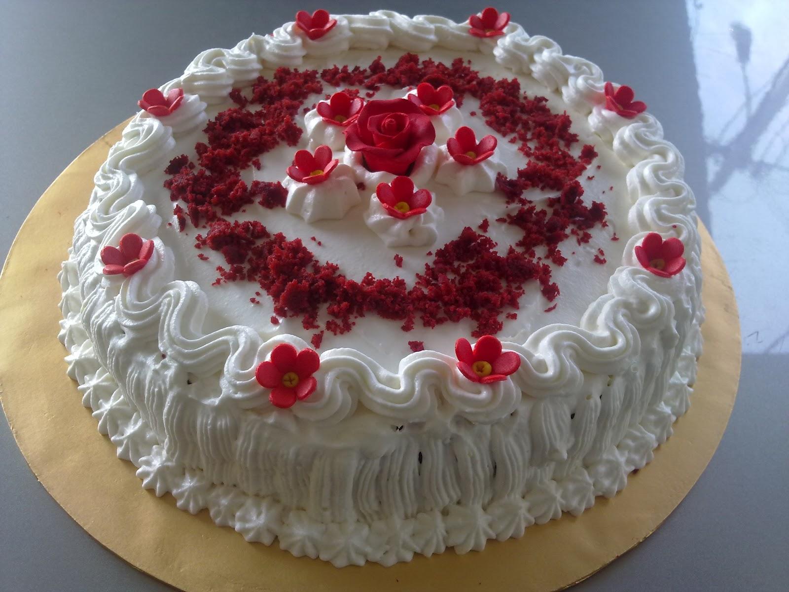 A Cake Story Red Velvet Cake Decoration