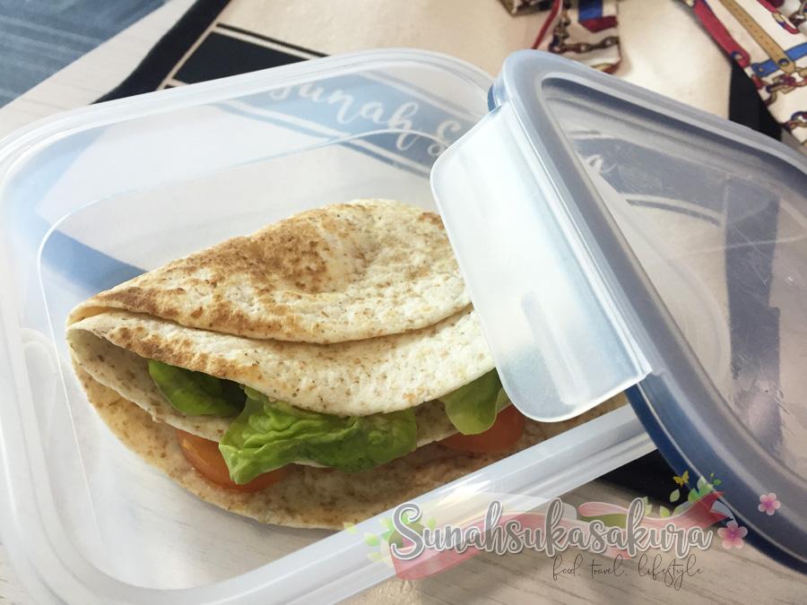 Tiktok Tortilla Wrap Hack Omelette untuk Bekal Hari Ni