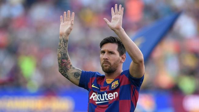 Lionel Messi Bakal Potong Gaji di Man City