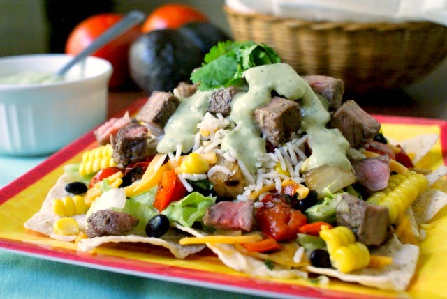 Grilled Steak and Rice Taco Salad with Creamy Avocado Cilantro Dressing | thetwobiteclub.com