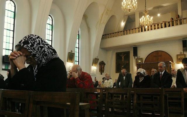 Nova lei no Irã aumenta risco de prisão a cristãos, dizem juristas