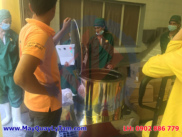 Máy vắt ly tâm tách nước thủy sản tôm, mực, cá... chất lượng cao do Vĩnh Phát sản xuất
