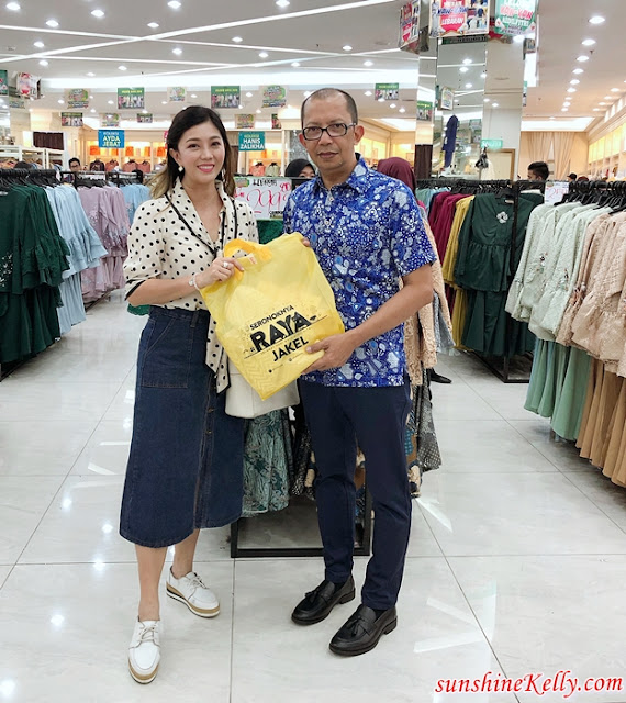 Raya OOTD, Raya Shopping, Shopping Experience, Jakel, Jakel Mall, Jakel Textile, Fashion