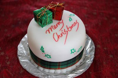 Christmas Gift Cake For Christmas Birthday
