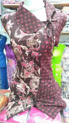 Busana batik wanita batikdlidir