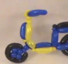 Moped als Ballonmodellage zur Ballondekoration.