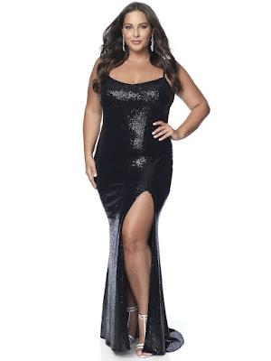 Scope Neckline Blush Fitted Plus size One Slit Prom black dress