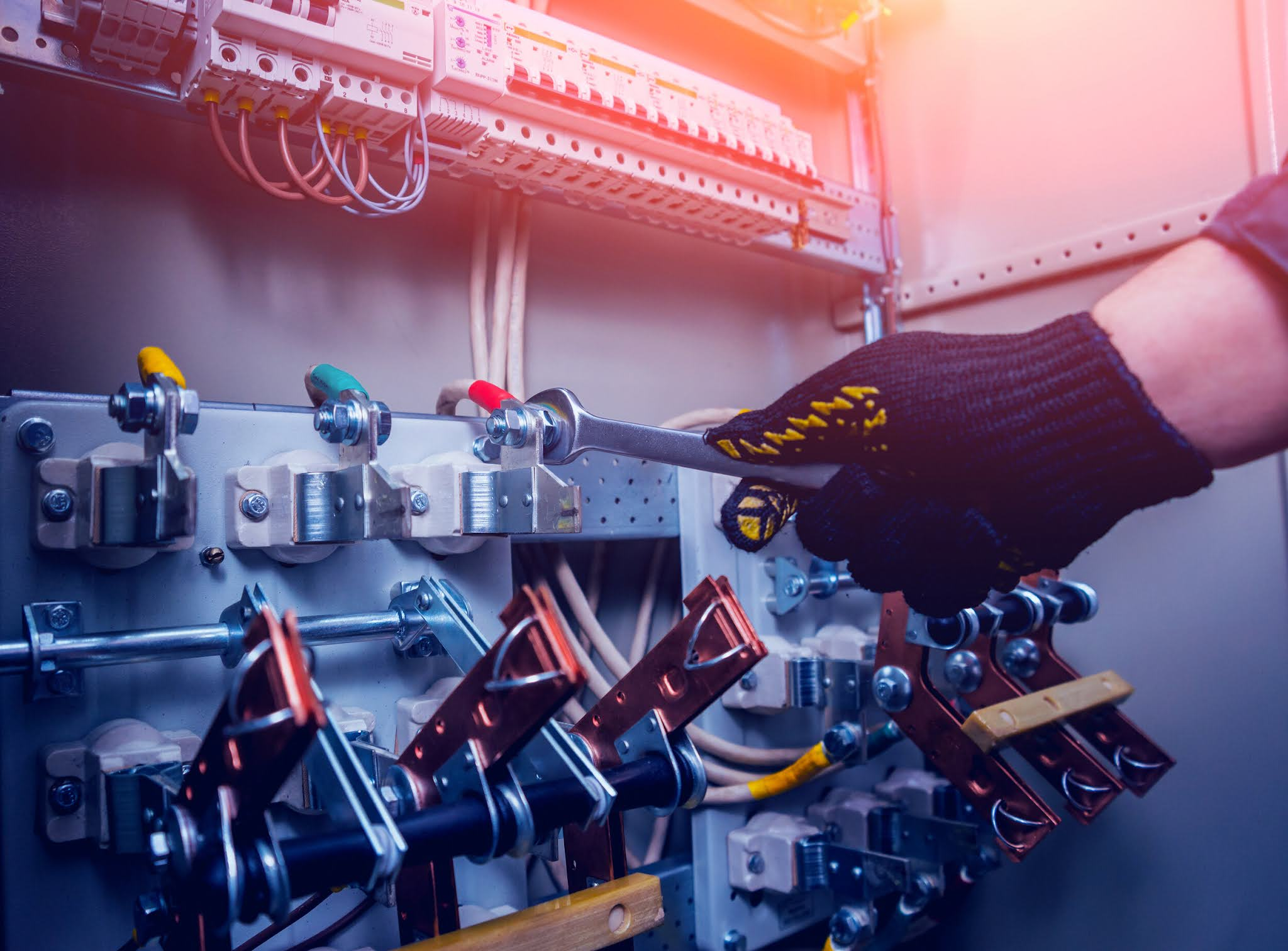 Homeowners often make the mistake of attempting to fix their electrical systems. you should always hire professionals for household electrical repair.