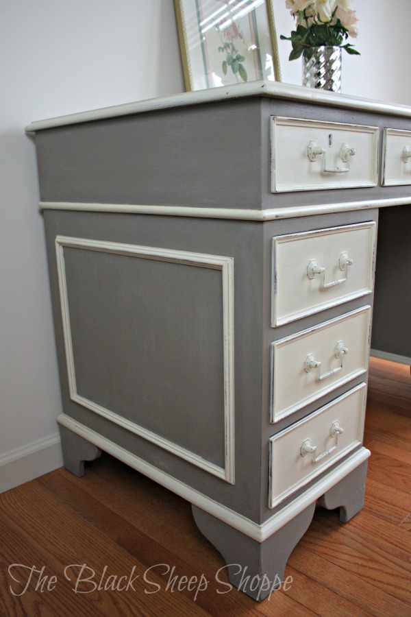 The side panels are painted in French Linen with trim painted in Old White.
