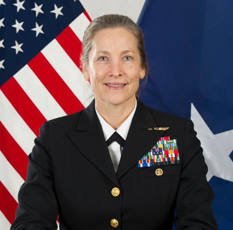 La contralmirante Shoshana Chatfield será la primera mujer en dirigir la Academia Naval de Estados Unidos en 135 años de historia de la institución / TWITTER
