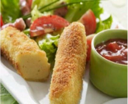 Breaded dumplings salad
