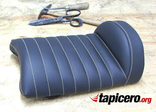 asiento-cafe-racer-espuma-tapizado