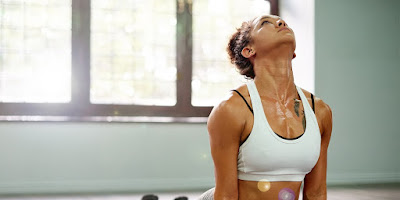 7 tư thể phổ biến trong Hot Yoga