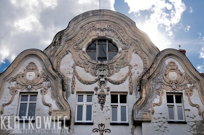 Chojnów. Secesja. Kamienica. Detale architektoniczne.