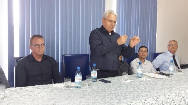 Saída econômica para Guajará-Mirim é debatida com comerciantes e população